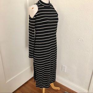 EUC Splendid Cold Shoulder Dress Size S
